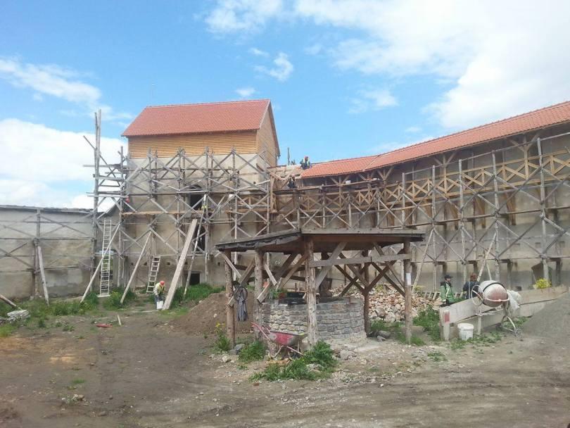 Cetatea Feldioarei stadiu lucrari 10 mai 201617