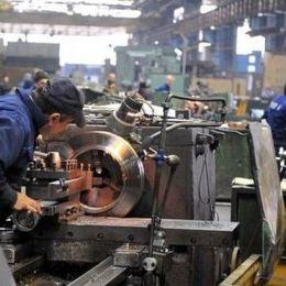 Salariile din domeniul automotive au crescut la Brașov cu 28% în ultimul an. Numărul salariaților din județ a trecut de 184.000