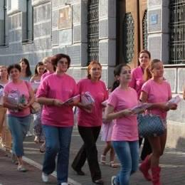 Una din opt femei suferă de cancer la sân. Marșul roz #CancelCancer, care are loc mâine, unește femeile în lupta cu boala