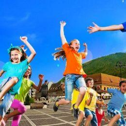 Copiii, chemați să facă sport mâine în Piața Sfatului