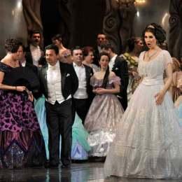 Marea Unire și Magia Crăciunului, la Opera Brașov. Află ce spectacole sunt programate în luna decembrie