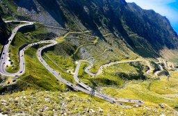 Visul lui Ceauşeascu de a construi o mare staţiune de schi în munţii Făgăraş se poate împlini