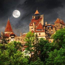 Wall Street Journal, în excursie in Transilvania: Povestea Reginei Maria bate orice istorisire cu vampiri