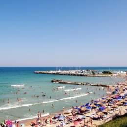 Turoperatorii anunță tarife cu 10% – 20% mai mici la vacanțele pe litoralul românesc pentru vara viitoare