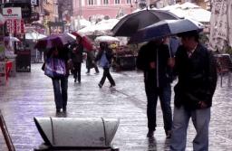 Cod galben de ploi la Brașov până mâine seară la orele 21.00