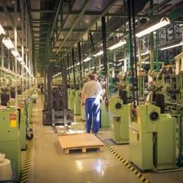 """""""Pentru a atrage un inginer, o companie trebuie să ofere un salariu de start de minim 800 de euro"""". Brașovul, a cincea ofertă de angajare în 2020"""