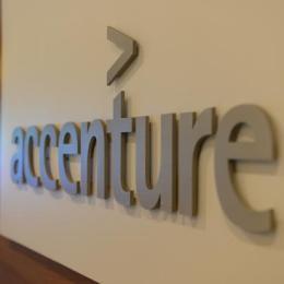 Accenture deschide un birou în Coresi Business Park și vrea să ajungă la 100 de angajați în șase luni
