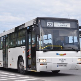 PROIECT: Șoferii de autobuz și troleibuz s-ar putea pensiona mai devreme