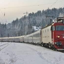 CFR suplimentează trenurile spre și dinspre Brașov