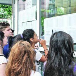 România educată? Dintr-o clasă de 24 de elevi, 10 au luat bacalaureatul, iar doi s-au înscris la școala profesională