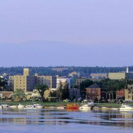 Vrei sa lucrezi în Canada? Vino mâine, 12 iunie, la târgul de joburi de la Hotel Aro Palace