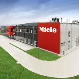 Germanii de la Miele anunță întreruperea temporară a activității fabricii din Brașov pe 9 aprilie. Compania va oferi concedii de odihnă angajaților pentru Sărbătorile Pascale