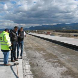 Nouă puncte de lucru vor fi deschise pe șantierul aeroportului de la Ghimbav