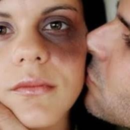 Stop violenței domestice! Agresorul ar putea fi obligat să participe la ședințe de consiliere psihologică