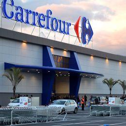 Carrefour a retras mai multe sortimente de salată de icre și humus, contaminate cu Listeria. Cumpărătorii, rugați fie să le distrugă, fie să le aducă înapoi