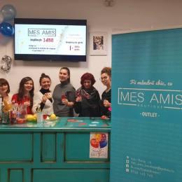 Mes Amis Boutique, afacerea pornită cu 2.000 de euro împrumutați, a împlinit trei ani de existență. Săptămânal, sunt aduse aproape 500 de produse