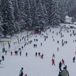 Vacanța elevilor din luna februarie va umple din nou Poiana Brașov