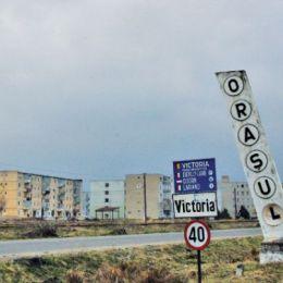 Un oraș din județul Brașov, revendicat de niște săteni. Procesul bate pasul pe loc de aproape 15 ani