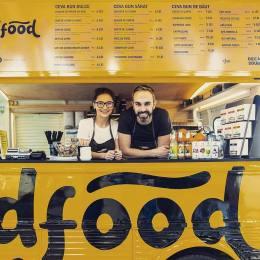 """FOTO Antreprenorul """"Decât o Dubă"""" a investit 35.000 de euro într-un nou business: """"Un proiect care se adresează oamenilor cu aceleași pofte pe care le am și eu"""""""