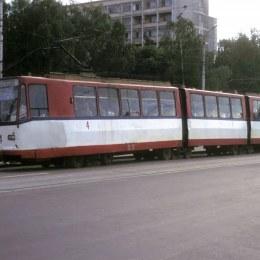 """Uzina care a produs tramvaiele """"comuniste"""" din Brașov va fi modernizată"""