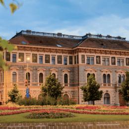 """Pentru că nu prea mai atrage """"clienți"""", Universitatea Transilvania prelungește perioada de înscriere până pe 18 iulie"""