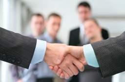 În ce domenii caută IMM-urile angajați și care este salariu mediu net oferit