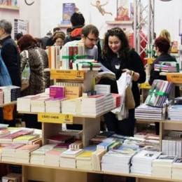 Bookfest aduce 30.000 de cărți la Brașov. Cărtărescu, Parachivescu sau Petronela Rotar, printre scriitorii care vor avea lansări la Brașov