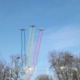 Brașovul va fi survolat de MiG-uri pe 1 Decembrie. Avioanele au făcut deja o probă ieri pe deasupra orașului