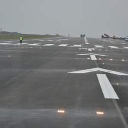 Licitația pentru marcarea pistei aeroportului, reluată. În joc sunt peste 560.000 de lei