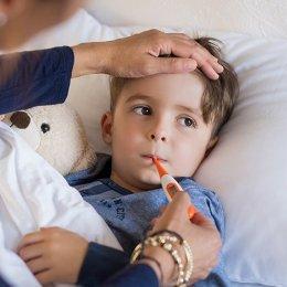 Aproape 500 de cazuri de gripă și peste 850 de pneumonii, raportate în ultima săptămână la Brașov. Majoritatea se înregistrează în rândul populației școlare și preșcolare