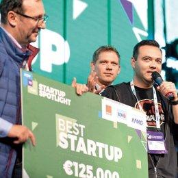 Brașovenii Mihai și Dana Gheza au pus bazele Machinations, un startup în dezvoltarea și testarea jocurilor video online. Au atras deja finanțări de peste 500.000 de euro