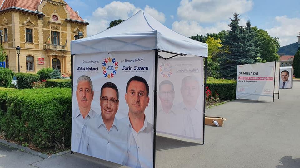"""""""Competiție electorală"""" la Brașov. Pro România reclamă că a început să rămână fără corturile instalate pentru strângerea de semnături"""