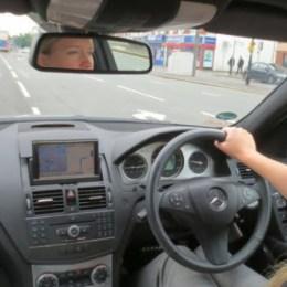 Mașinile cu volan pe dreapta importate din Anglia nu vor mai putea fi înmatriculate în țară de la anul