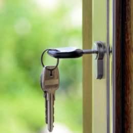 O bancă din România a lansat creditul ipotecar fără avans: Clienţii vor aduce drept garanţie alt imobil
