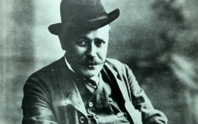 Ion Luca Caragiale a vrut să se exileze la Brașov și a încercat să dea mită, ca să devină profesor la Șaguna