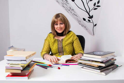 Connie Larkin, singurul lider de Educație Ontologică pe plan național, vine la Brașov pe 28 noiembrie în cadrul unui eveniment unic în țară