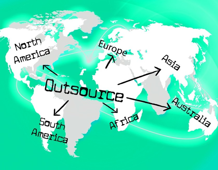 How Outsourcing Help Desk Services Can Grow Your Business?
