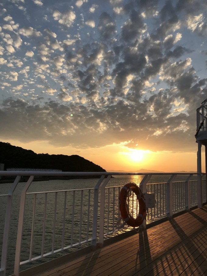 瀬戸内海の夕日