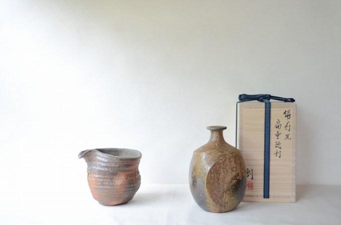 黒扁壷徳利(伊勢崎創) 注器(細川敬弘)