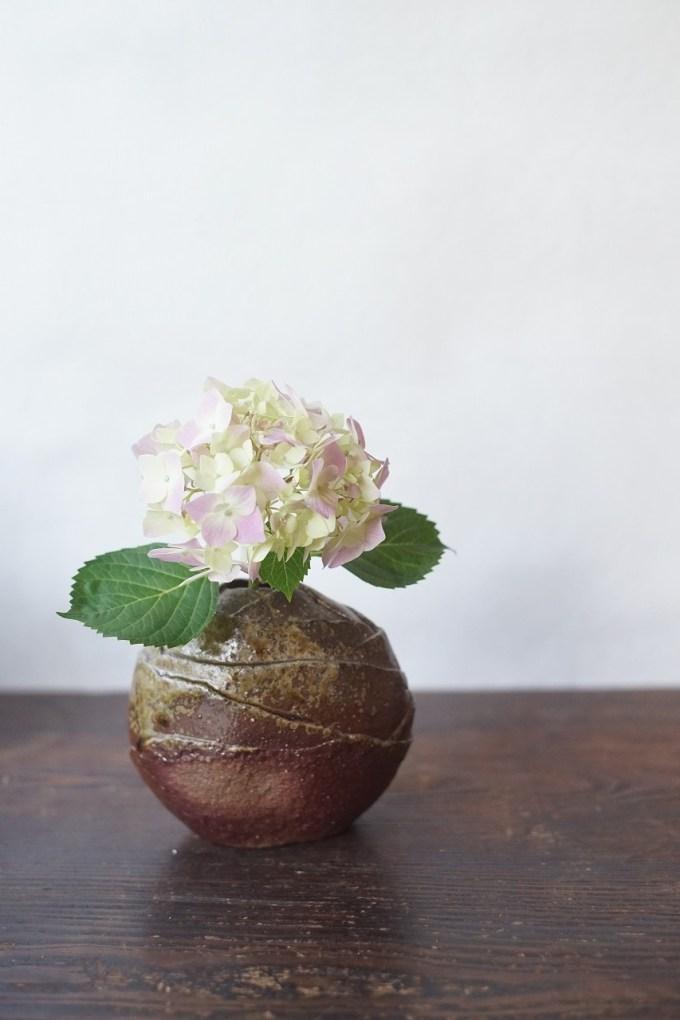備前花入 Takuma Watanabe -紫陽花-