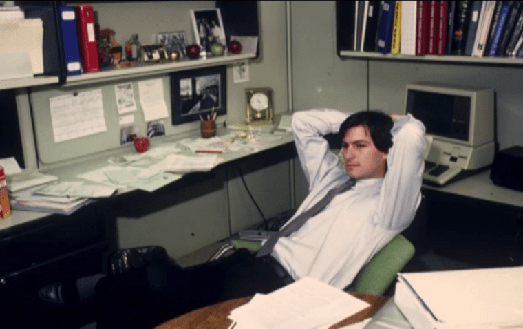 Rare Footage of a Young Steve Jobs Dishing Out Marketing Wisdom