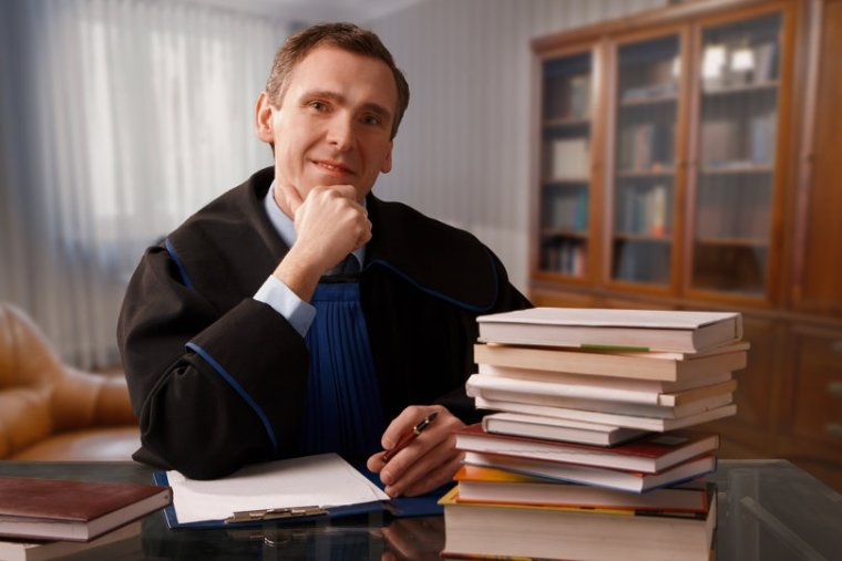 Should You Hire a Patent Attorney?