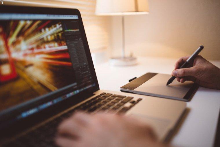 Vectr: Free Vector Graphic Editor for Budding Entrepreneurs