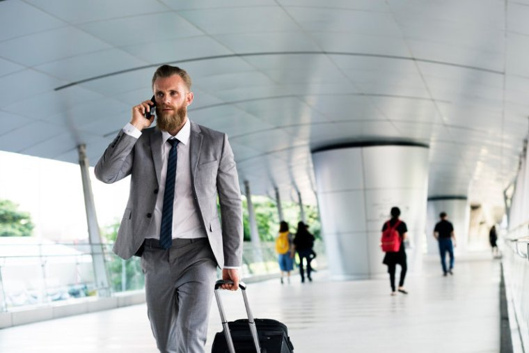 How to Save Money on Your Business Travel Expenses
