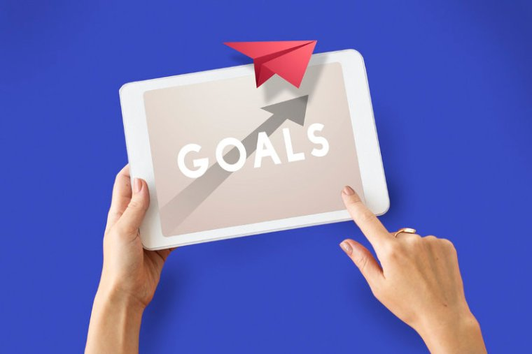 Setting Goals for Employees: 6 Tips