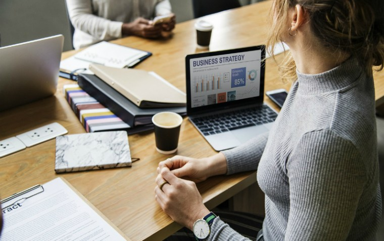 8Top Tips for Improving a Small Business