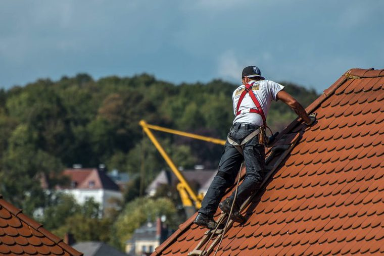 Choosing a New Career Path: What Does a Roofer Do and What's the Average Salary You Can Expect in This Line of Business?