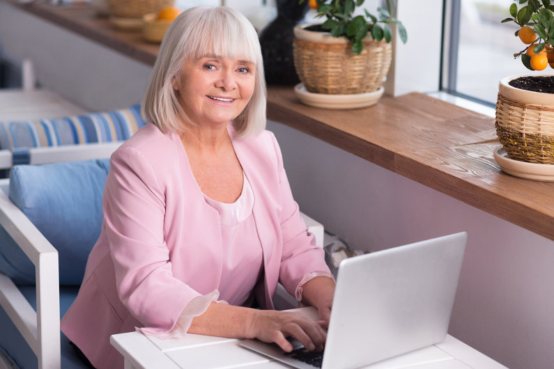 Why the Baby Boomer Generation is Making Waves in the Side Gig Economy