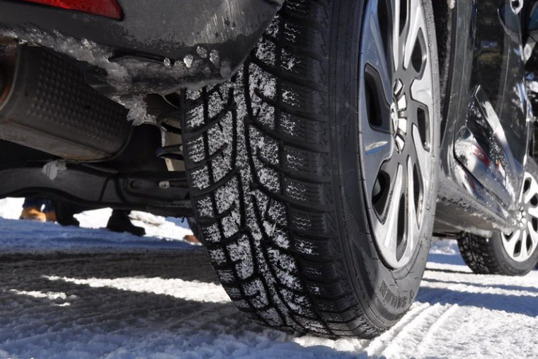 How Can Winter Tyres Smoothen Your Business Trip