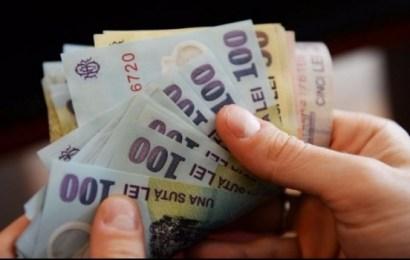 Al treilea cel mai mic salariu minim pe economie din Europa îl primesc românii